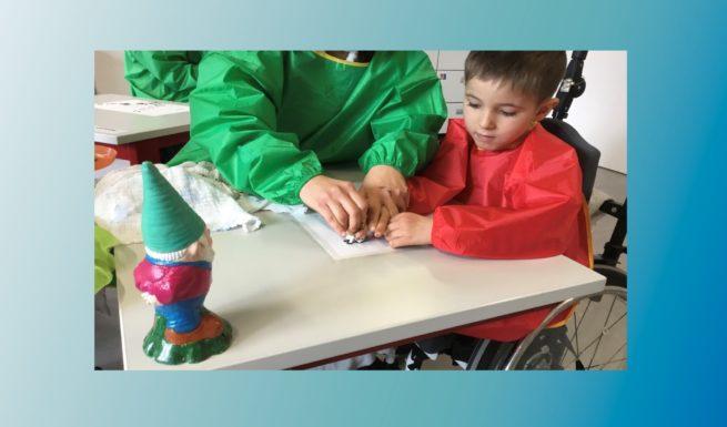 Luis bei Helfende Hände im Förderzentrum